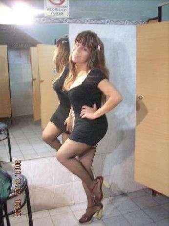 Tayra linda travesti bustona masajes rikos eroticos (lugar privado)en tu cuerpo desnudo desetresate y bota tu leche calientita